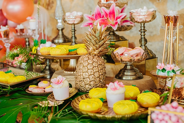 dreamy-girly-baptism-vivid-colors-tropical-details_15