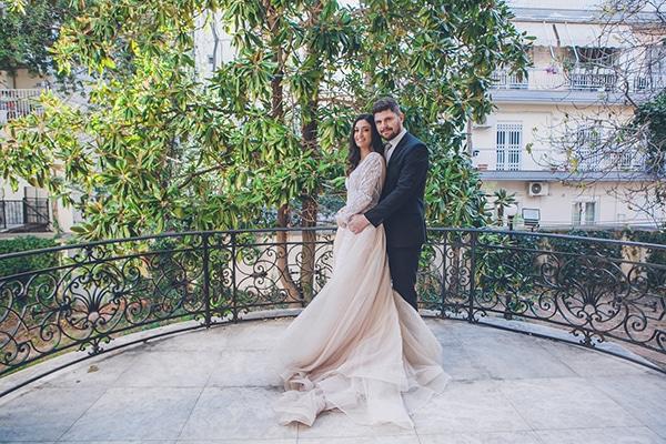 Πανέμορφος χειμωνιάτικος γάμος στην Θεσσαλονίκη με elegant λεπτομέρειες σε μπορντό και χρυσές αποχρώσεις │ Καλλιόπη & Αθανάσιος