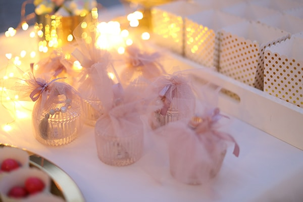 Elegant ιδέες βάπτισης κοριτσιού με dusty pink και χρυσες αποχρώσεις
